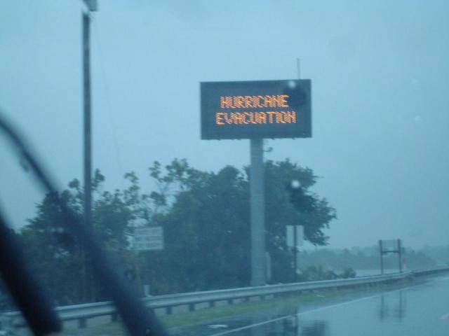 hurricane evacuation emerald isle